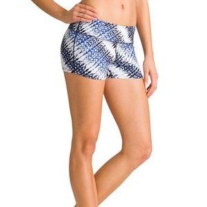 ATHLETA Sahara Chaturanga Shortie Yoga Shorts S